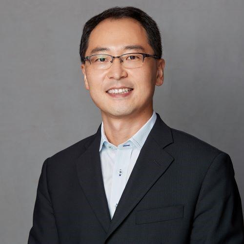 Seok Won Jin, Social Work