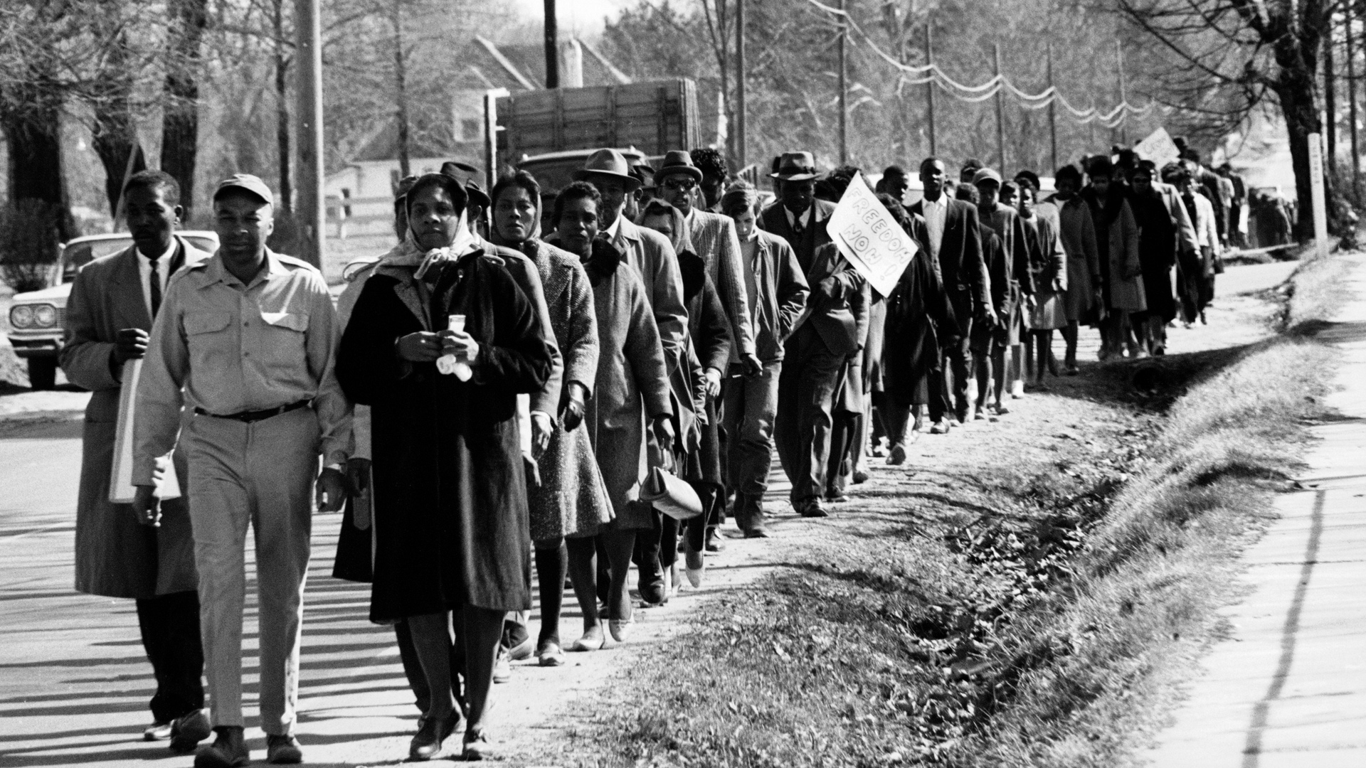 John and Viola McFerren leading protestors to Fayette County, Tennessee Courthouse, March 1965. Photographer: Art Shay, Life Magazine