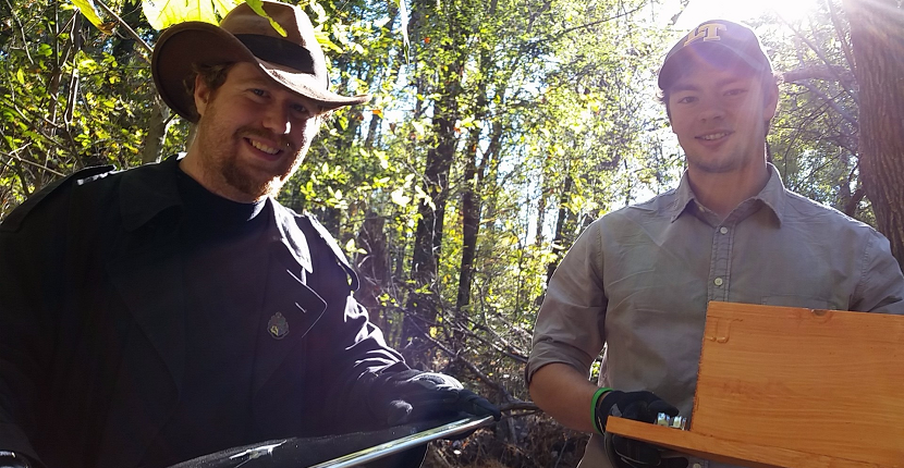 Alex and Jonathan, graduate students in the Bowers Lab, are in the field setting up nestboxes for a research project studying the evolutionary ecology of wild birds