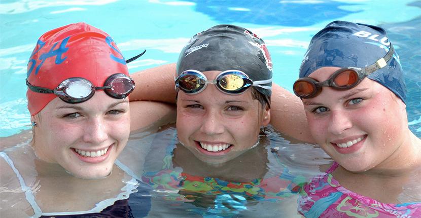 women swimmers
