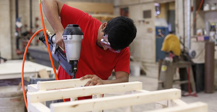 students building model