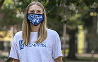 student wearing a UofM mask and t-shirt