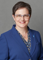 Dr. Linda Jarmulowicz