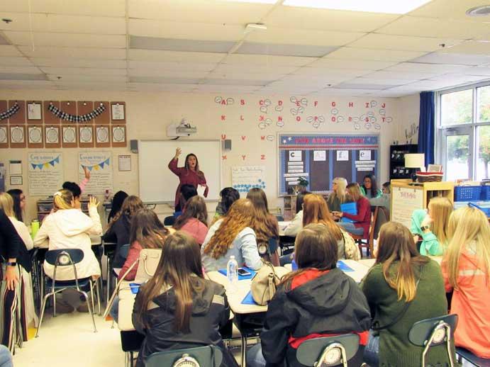 High school students visit Campus School