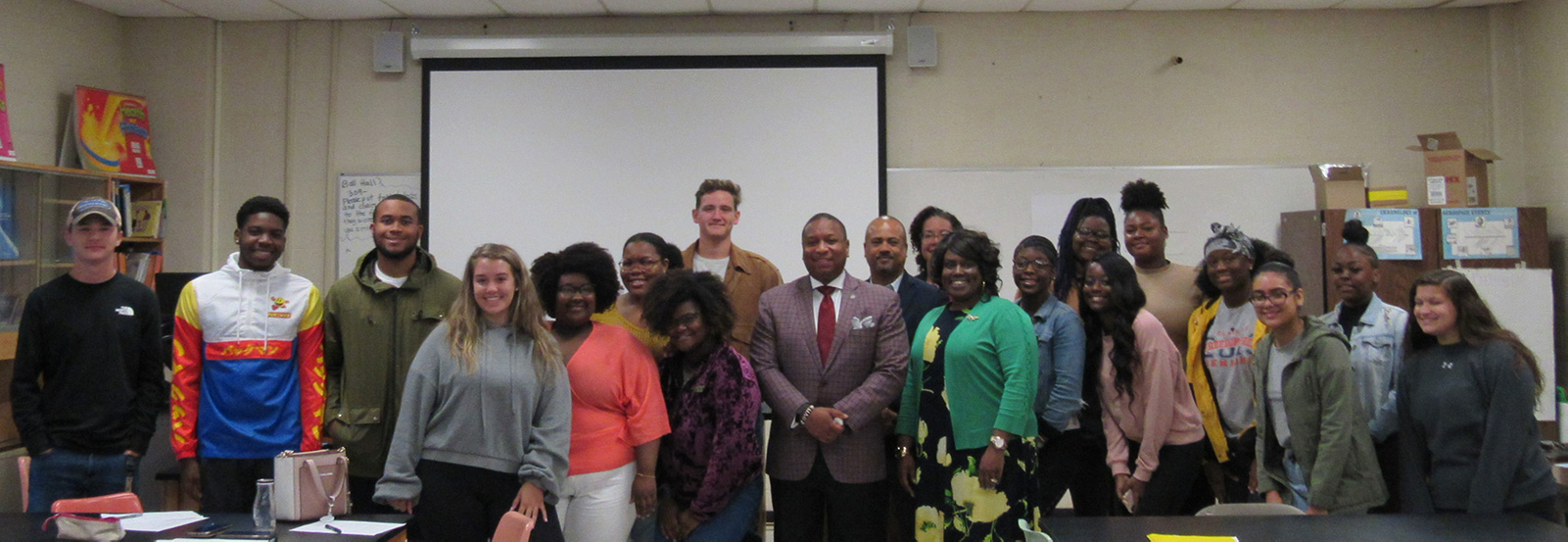 The RCP Undergrad Teacher Scholars were visited by Dr. Ray of SCS.
