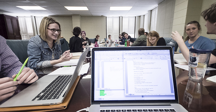 Become an English Major Learn about how a degree in English can help you meet your scholarly and career goals.