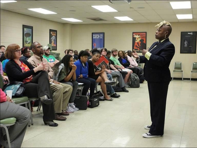 Dr. De Veaux speaks to students.