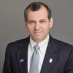 Vladimir Ambartsoumian, Instructor