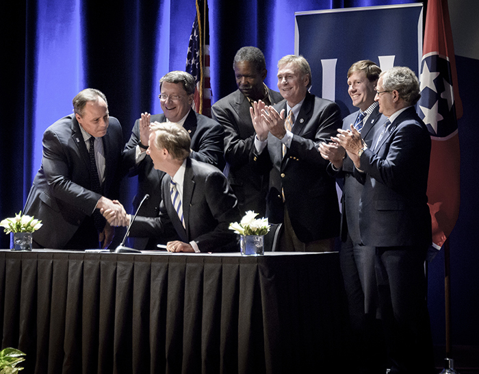 June 2016 Signing of the Focus Act at the UofM