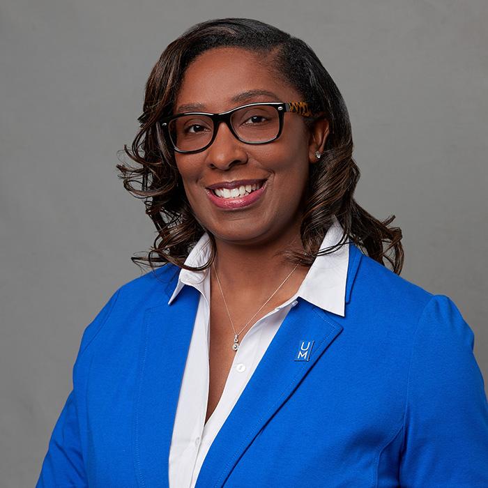 Lakesha Herring, Manager