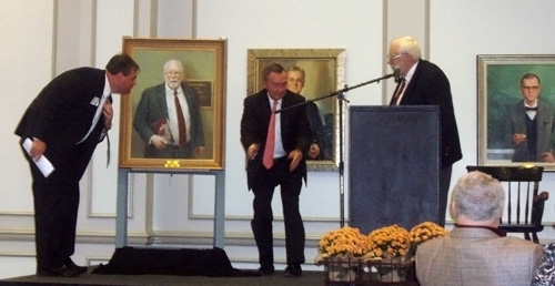 Unveiling of the potrait