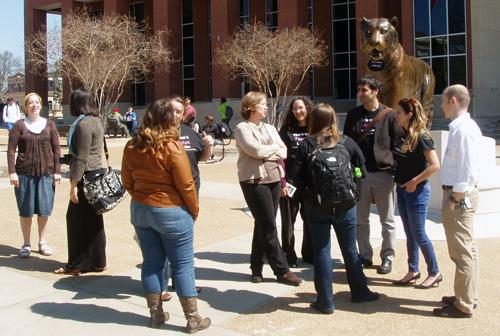 Historians gathered around TOM