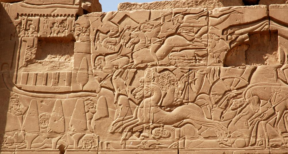 Sety battles Canaanites at the town of Yenoam
