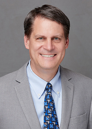 Dr. Thomas Hrach