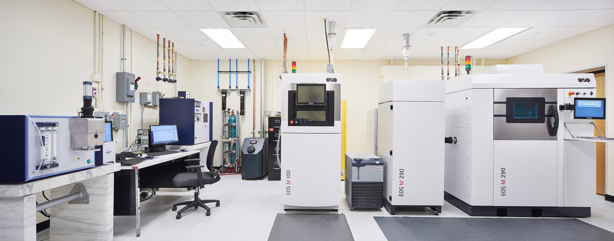 Metal Additive Manufacturing Laboratory room with technology equipment