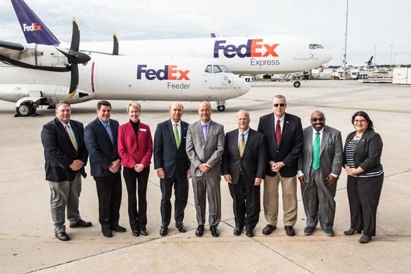 FedEx team members