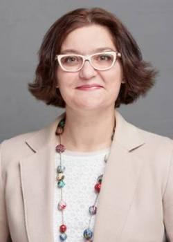 Dr. Nicole Detraz