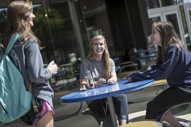 Girls enjoying University of Memphis Outside