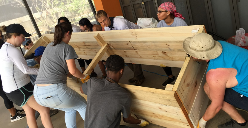 Center for Service Learning and Volunteerism