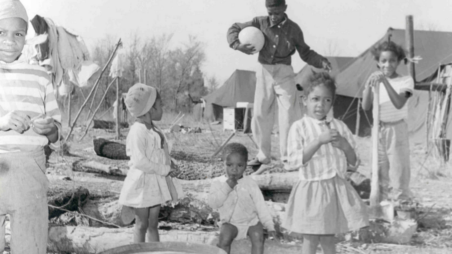 Children of evicted sharecroppers playing.